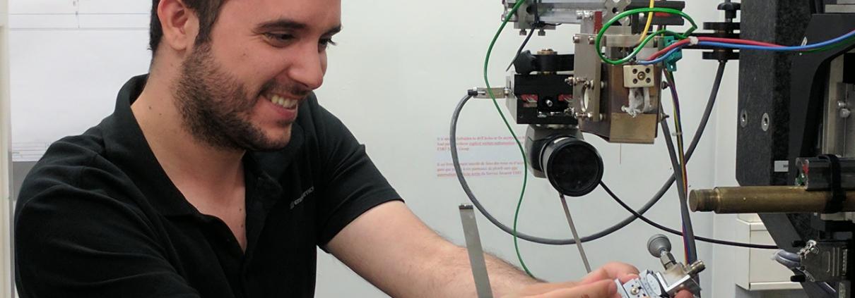 cutting edge methods Antony Vamvakeros working at ID15 image